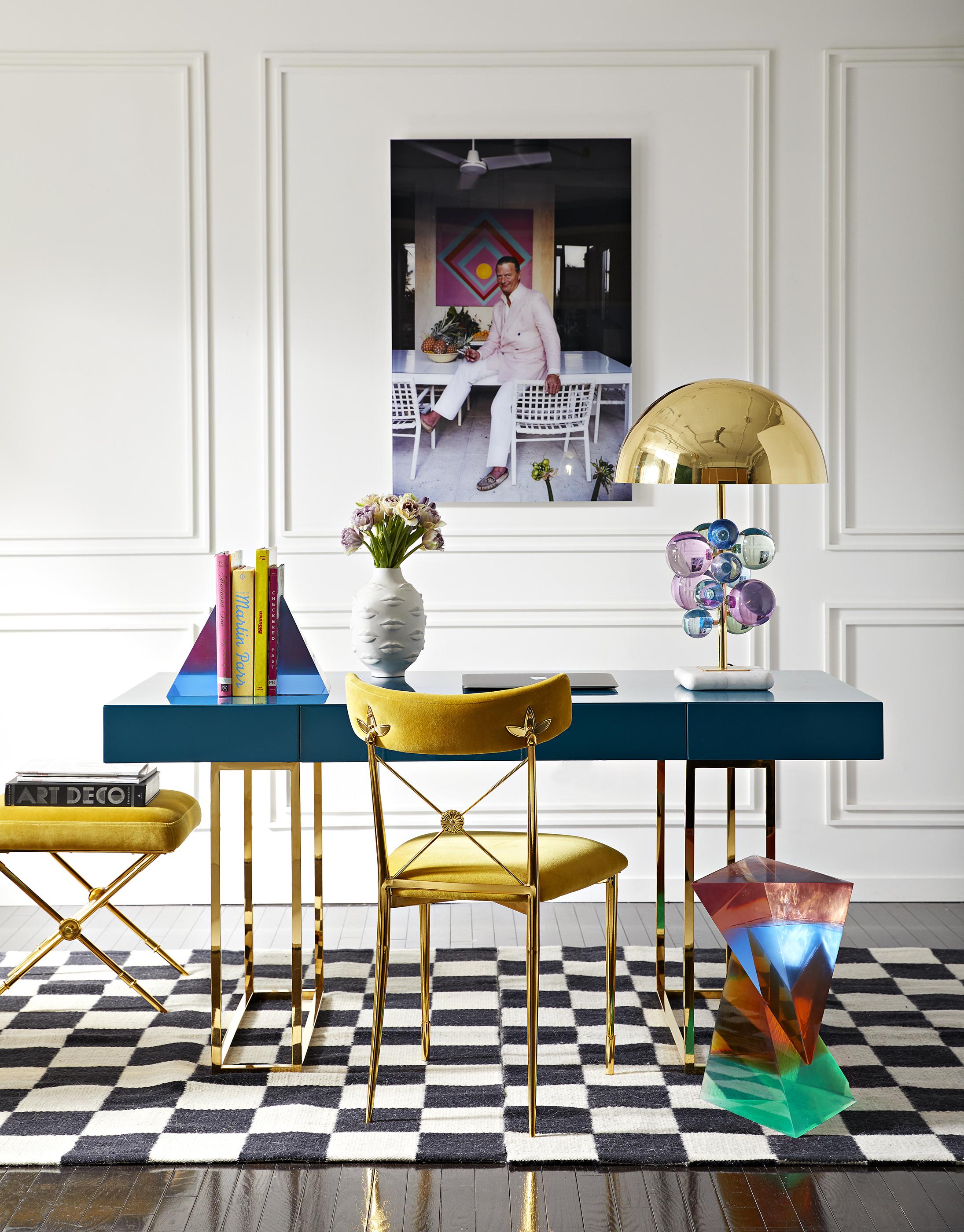 Globo Table Lamp